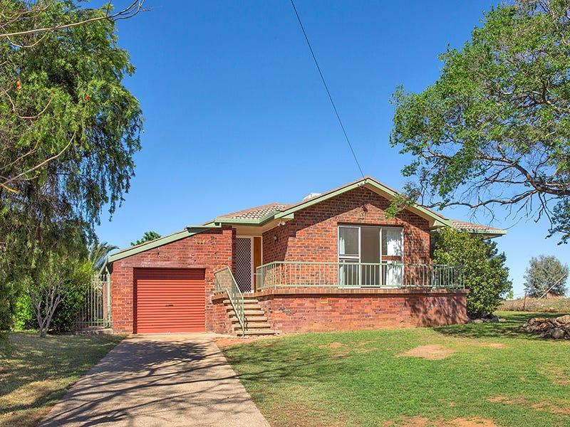 18 Andrew Avenue, Tamworth, NSW 2340