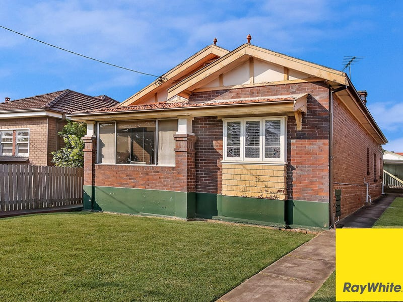 4 Victoria Road, Punchbowl, NSW 2196