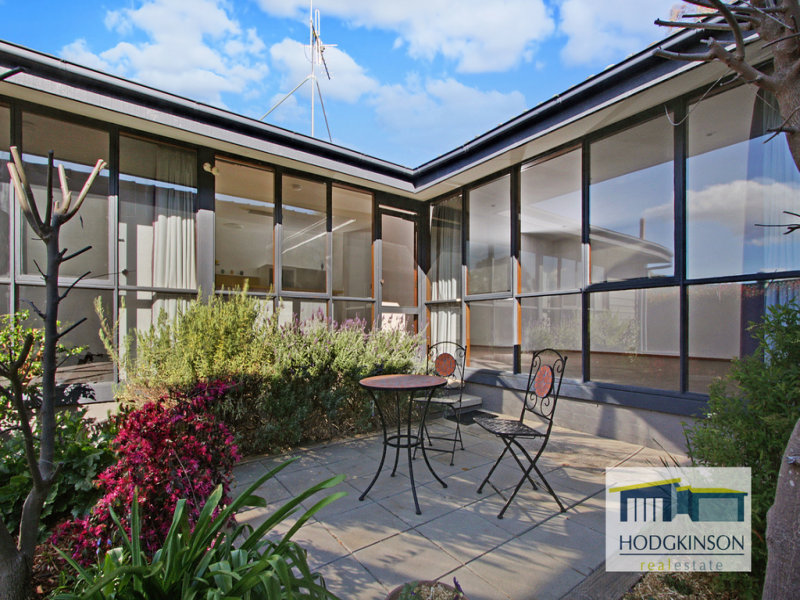 6 Epenarra Close, Hawker, ACT 2614