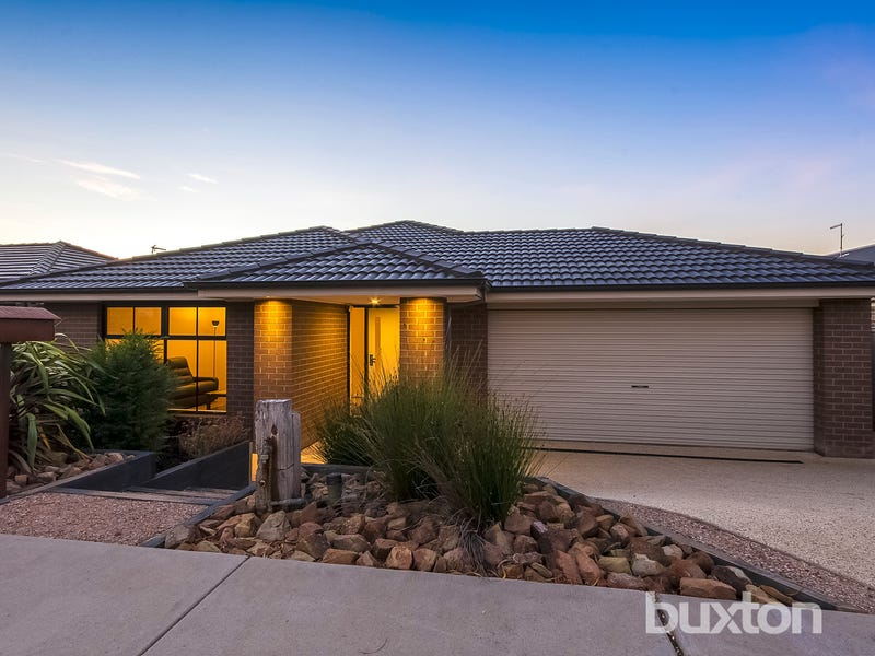 36 Village Green Drive, Leopold, Vic 3224