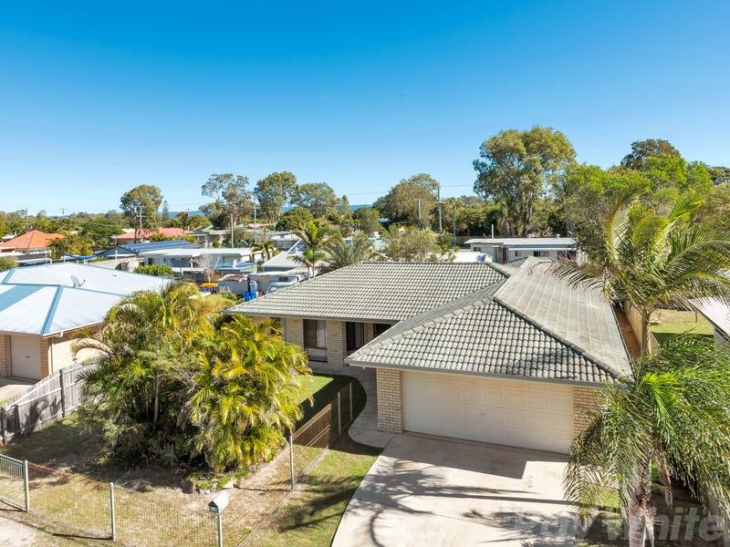 26 Columbia Dr, Beachmere, Qld 4510