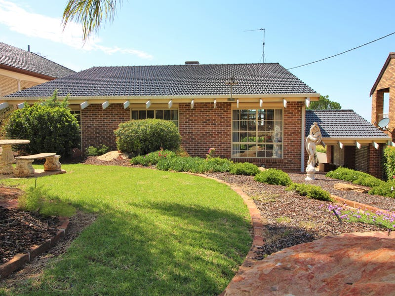 39 McNabb Crescent, Griffith, NSW 2680