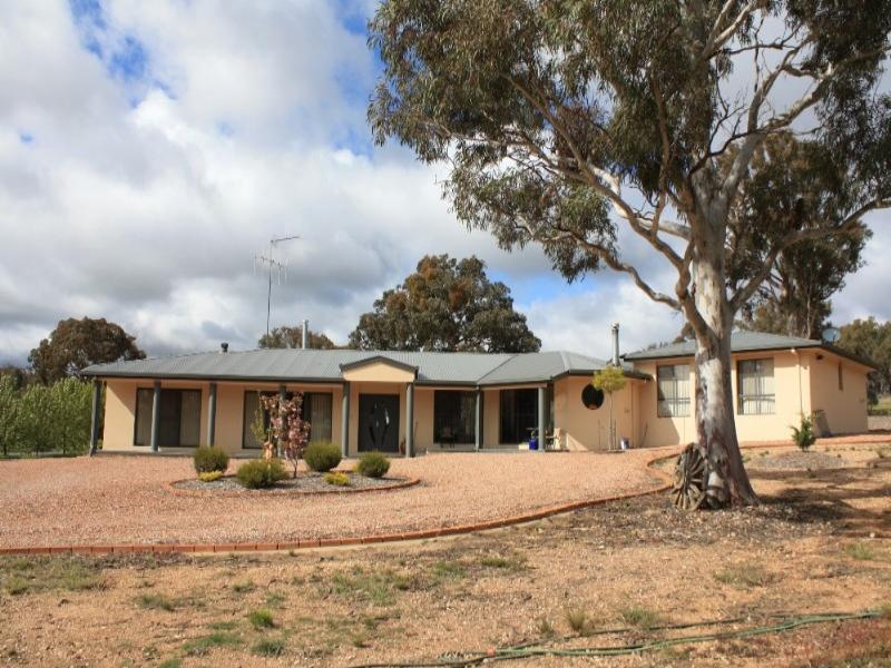 18 Collingwood Close, Bungendore, NSW 2621