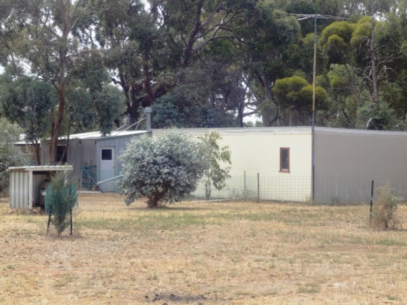 5 Lots on East Tce, Hallett, SA 5419