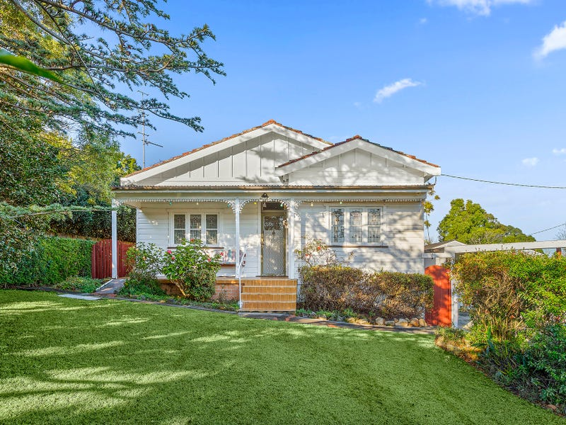 49 Woodlawn Avenue, Mangerton, NSW 2500