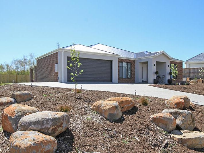 5 Lilley Court, Woodend, Vic 3442