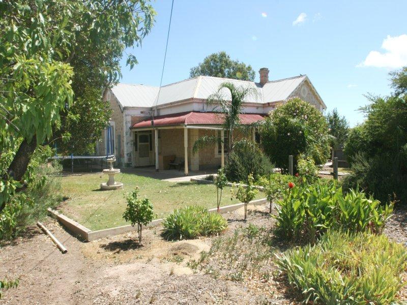 110 Port Road, Kadina, SA 5554