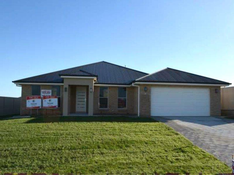 13 Keane Drive, Bathurst, NSW 2795