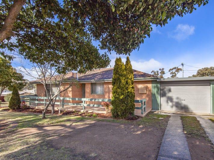 1 Hogan Place, Holt, ACT 2615