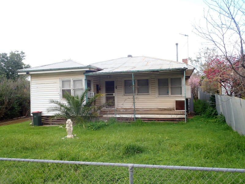 22 Fuller Street, Ouyen, Vic 3490