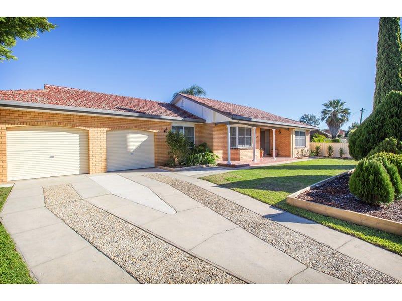 392 Elton Court, Lavington, NSW 2641