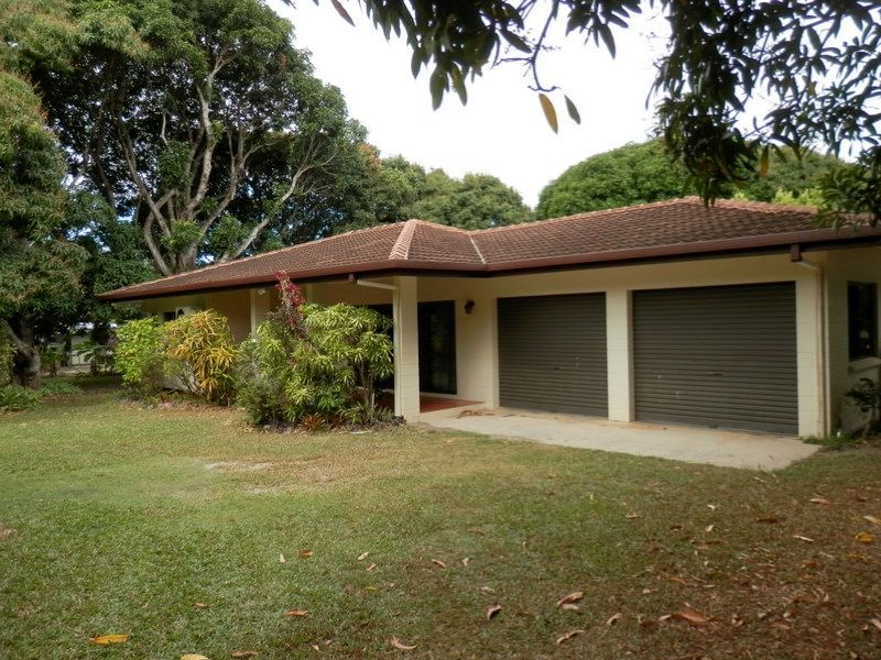 13-15 Evergreen Street, Clifton Beach, Qld 4879