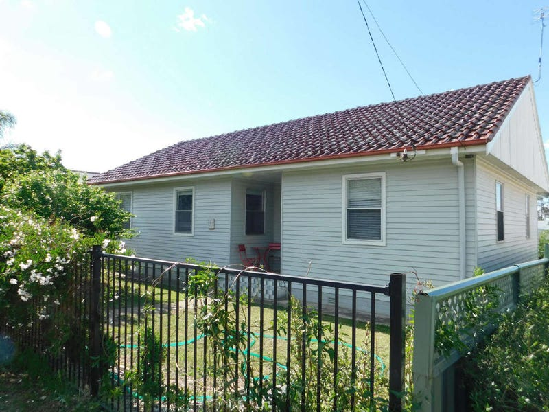 31  ELM STREET, South Tamworth, NSW 2340
