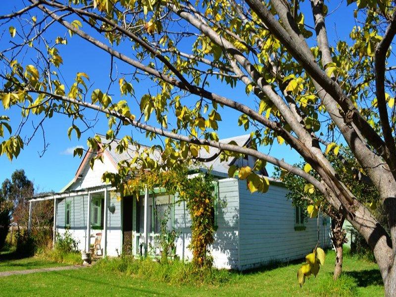 120 Bandulla St, Mendooran, NSW 2842