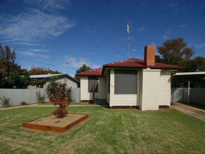 298 Henry Street, Deniliquin, NSW 2710