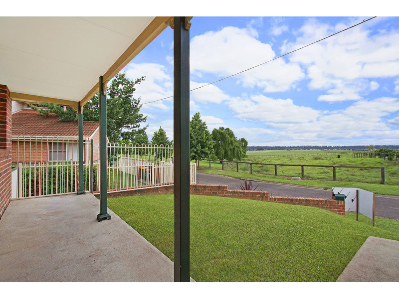 1/7 Strong Place, Richmond, NSW 2753