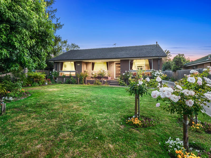14 PICCADILLY COURT, Kilsyth, Vic 3137