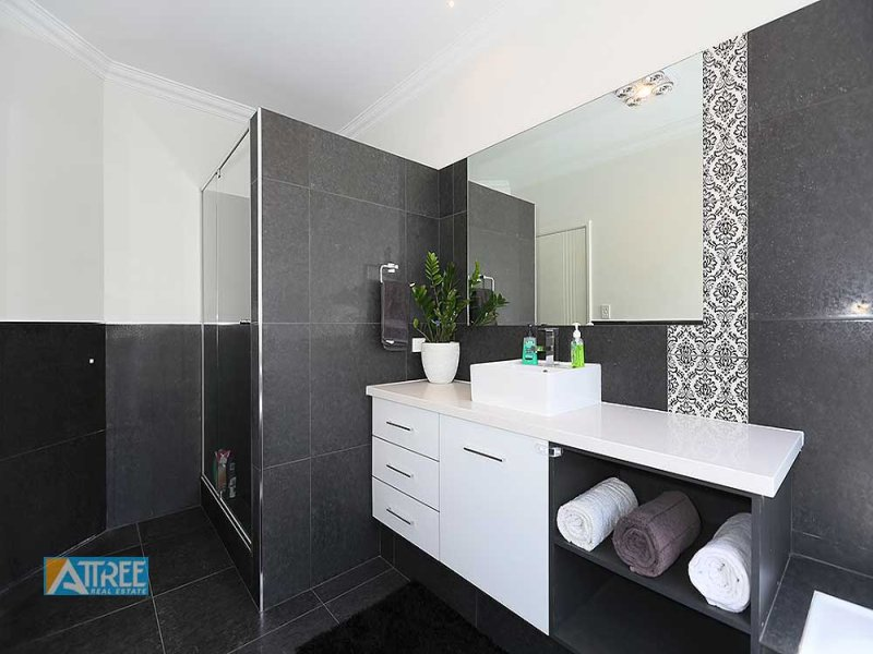 tile for the bathroom ceramic in a bathroom design from an australian home 20859